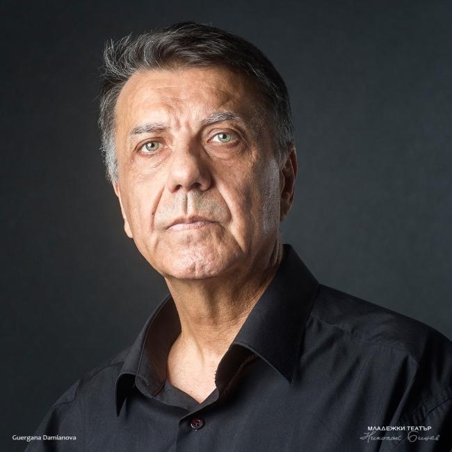 Димитър Генев