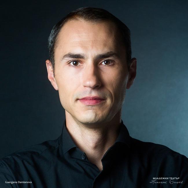 Николай Луканов